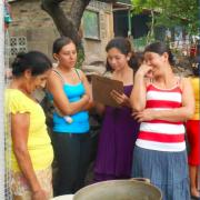 Cocinas saludables en los hogares y negocios familiares rurales y urbanos de Nicaragua:  Programa de cocinas mejoradas de Asociación Fénix